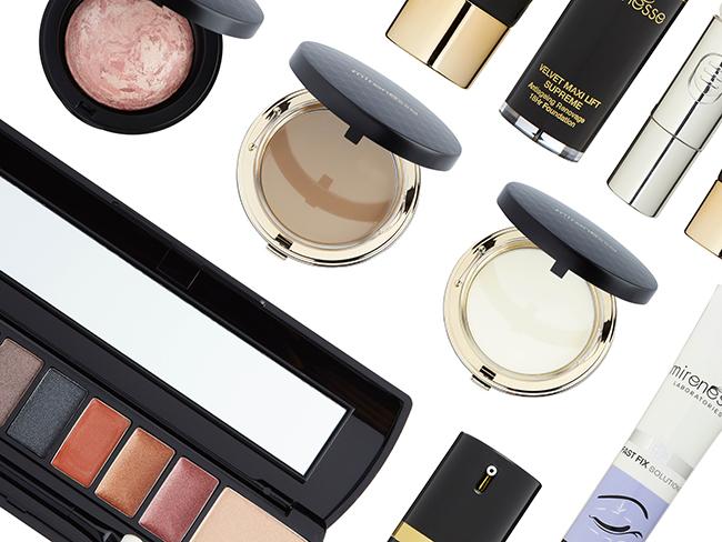 designidentity_healthandbeauty_costmetics_skincare_packaging_photography_flat_lay_makeup